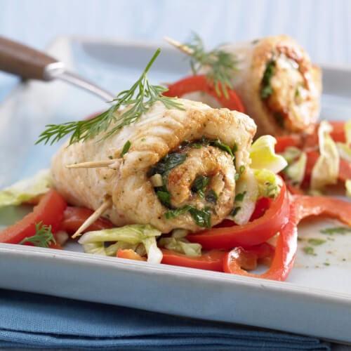 Вкусные рулетики из рыбы и овощей