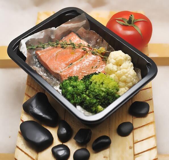Рыбное филе на овощной «подушке»