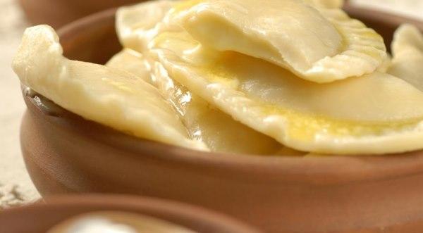 Рецепт солодких вареників з сиром